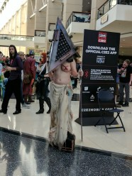 C2E2 2017 Cosplay - Pyramid Head 4