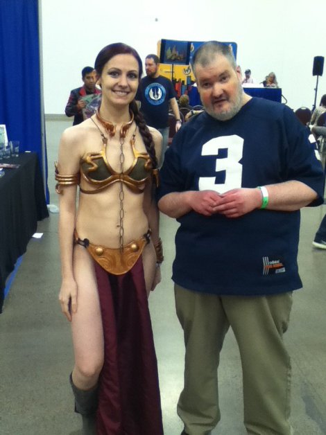 Wizard World Minneapolis 2017 Cosplay - Slave Leia