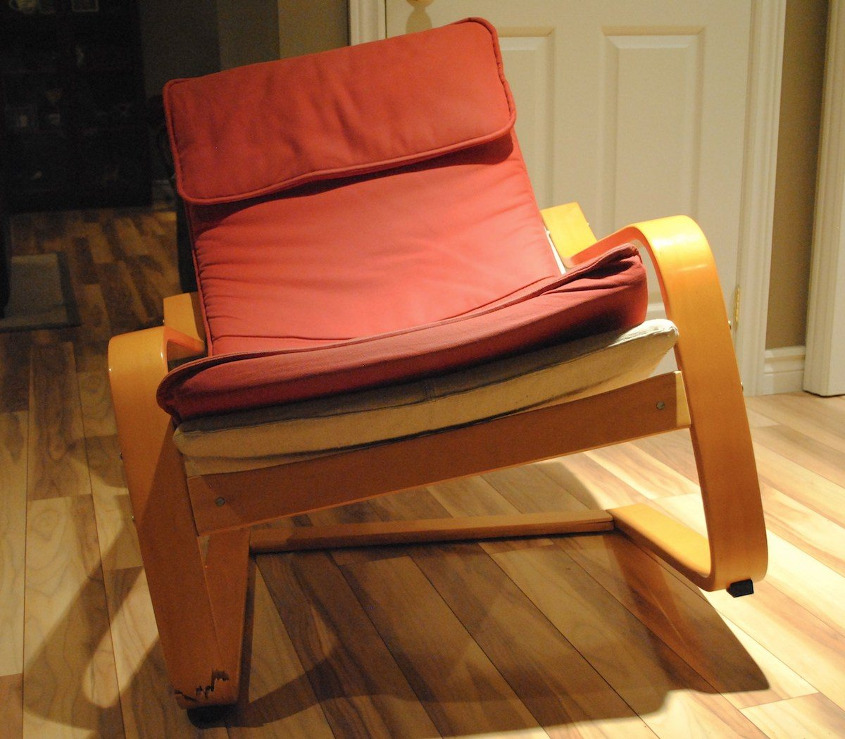 Marvelous Ikea Poang Chair That Snapped