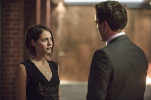 """Arrow -- """"The Secret Origin of Felicity Smoak"""" -- Image AR305b_0260b -- Pictured (L-R): Willa Holland as Thea Queen and John Barrowman as Malcolm Merlyn -- Photo: Cate Cameron/The CW -- �© 2014 The CW Network, LLC. All Rights Reserved."""