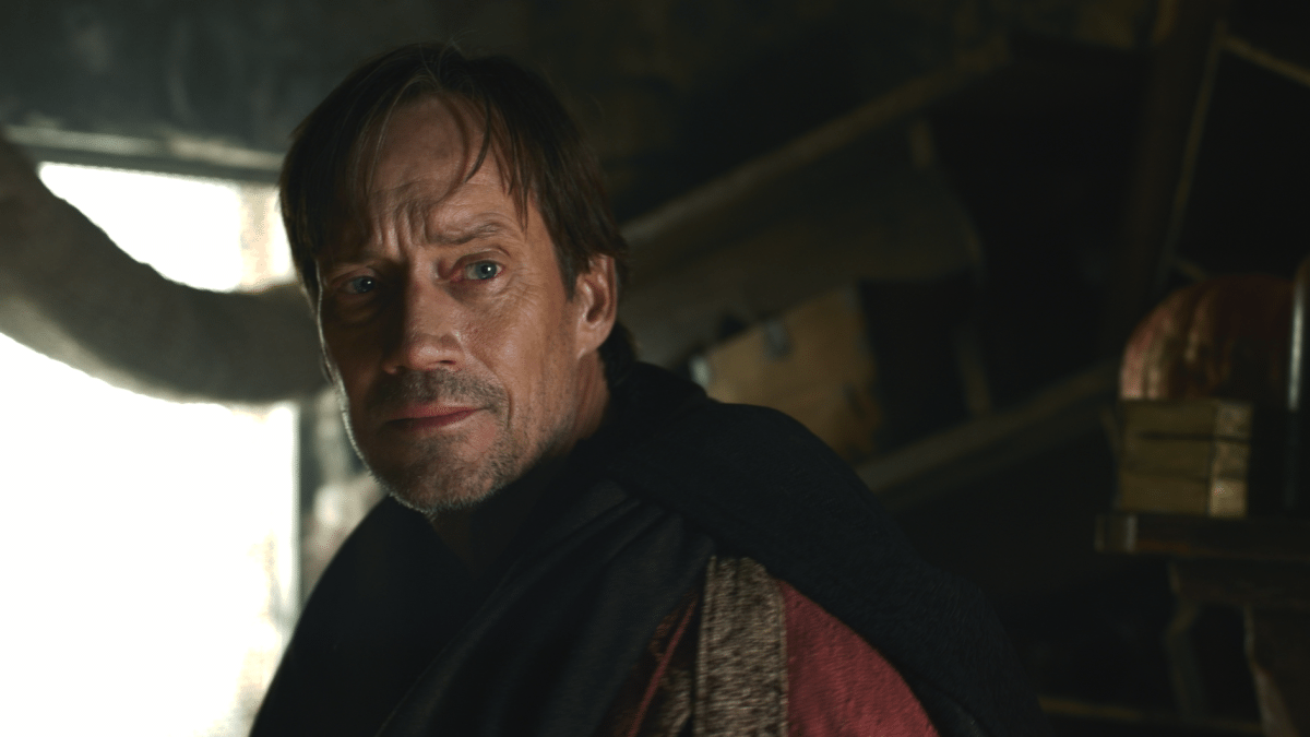 Kevin Sorbo as Gojun
