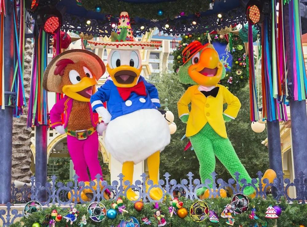 'Disney ¡Viva Navidad!'11_13_DCA_04296
