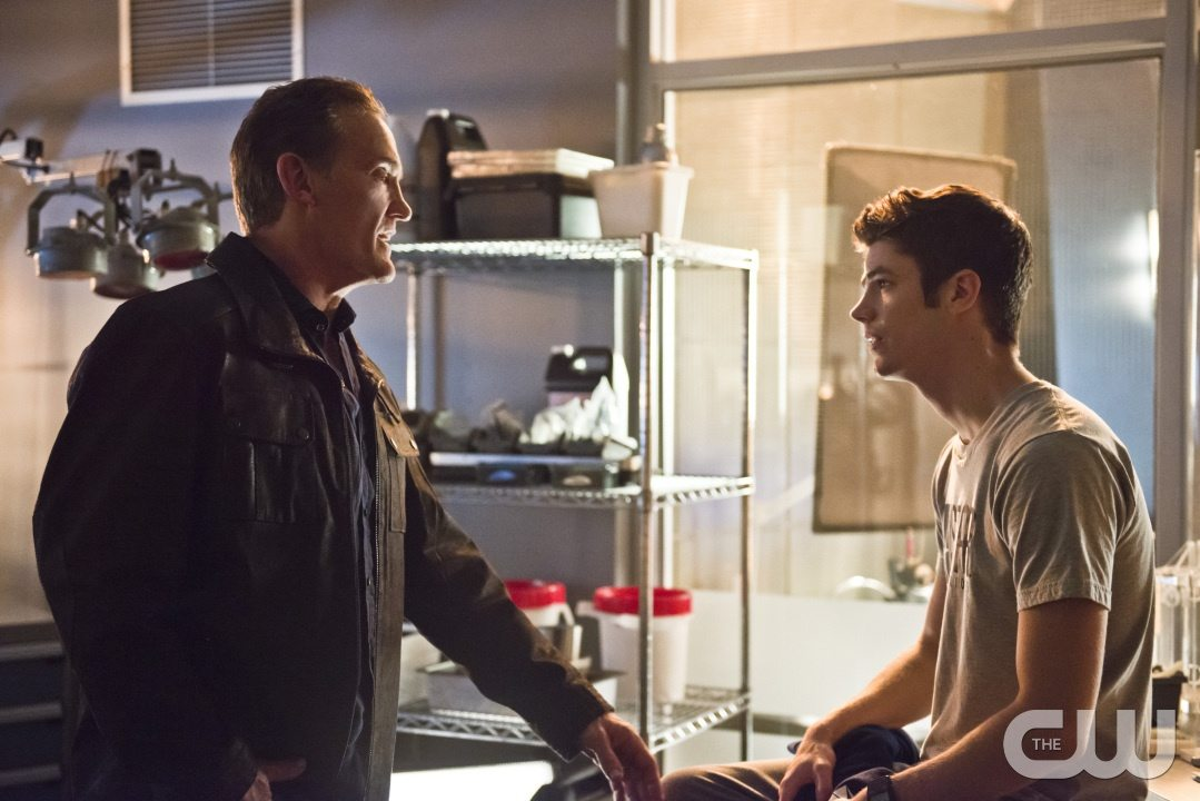 "The Flash -- ""Gorilla Warfare"" -- Image FLA207B_0019b.jpg -- Pictured (L-R): John Wesley Shipp as Henry Allen and Grant Gustin as Barry Allen -- Photo: Cate Cameron/The CW -- �© 2015 The CW Network, LLC. All rights reserved."