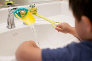 Aqueduck-Faucet-Handle-Extender