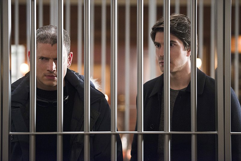 "DC's Legends of Tomorrow -- ""Pilot, Part 2"" -- Image LGN102_20150922_0311b.jpg -- Pictured (L-R): Wentworth Miller as Leonard Snart/Captain Cold and Brandon Routh as Ray Palmer/Atom -- Photo: Diyah Perah/The CW -- �© 2015 The CW Network, LLC. All Rights Reserved."