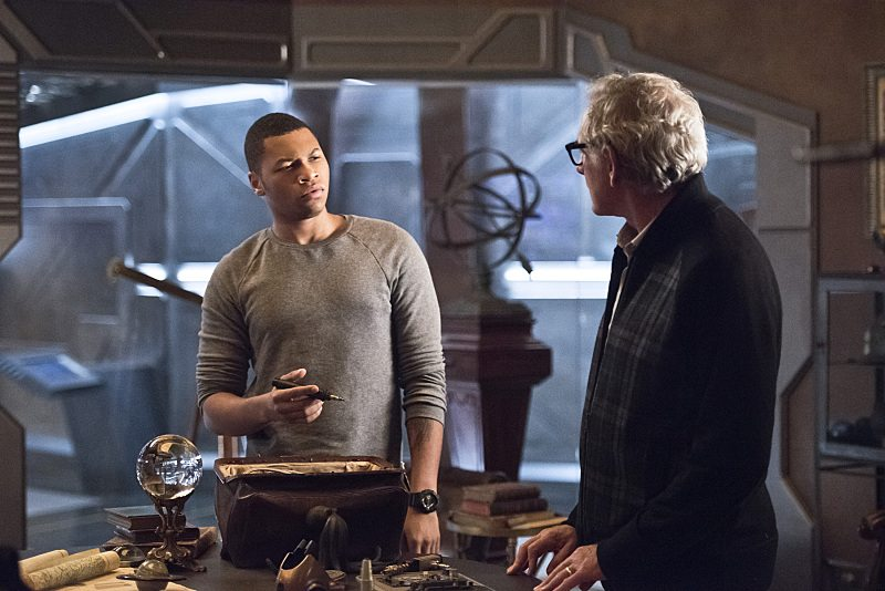 "DC's Legends of Tomorrow -- ""Star City 2046"" -- Image LGN106a_0169b.jpg �± Pictured (L-R): Franz Drameh as Jefferson ""Jax"" Jackson and Victor Garber as Professor Martin Stein -- Photo: Dean Buscher/The CW -- �© 2016 The CW Network, LLC. All Rights Reserved."