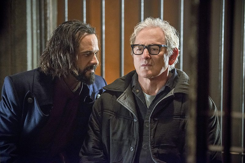 "DC's Legends of Tomorrow -- ""Fail-Safe"" -- Image LGN105b_0141b.jpg -- Pictured (L-R): Casper Crump as Vandal Savage and Victor Garber as Professor Martin Stein -- Photo: Diyah Pera/The CW -- �© 2016 The CW Network, LLC. All Rights Reserved."