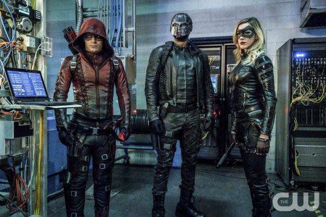 """Arrow -- """"Unchained"""" -- Image AR412A_0089.jpgb -- Pictured (L-R): Colton Haynes as Arsenal, David Ramsey as John Diggle and Katie Cassidy as Black Canary -- Photo: Liane Hentscher/ The CW -- �© 2016 The CW Network, LLC. All Rights Reserved."""