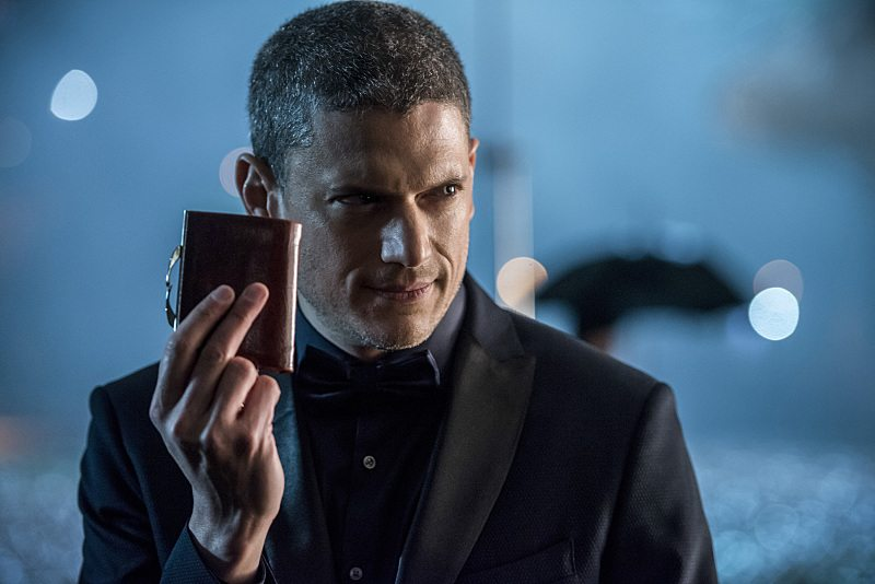 "DC's Legends of Tomorrow -- ""White Knights"" -- Image LGN104B_0039b.jpg -- Pictured: Wentworth Miller as Leonard Snart/Captain Cold -- Photo: Diyah Pera/The CW -- �© 2016 The CW Network, LLC. All Rights Reserved."
