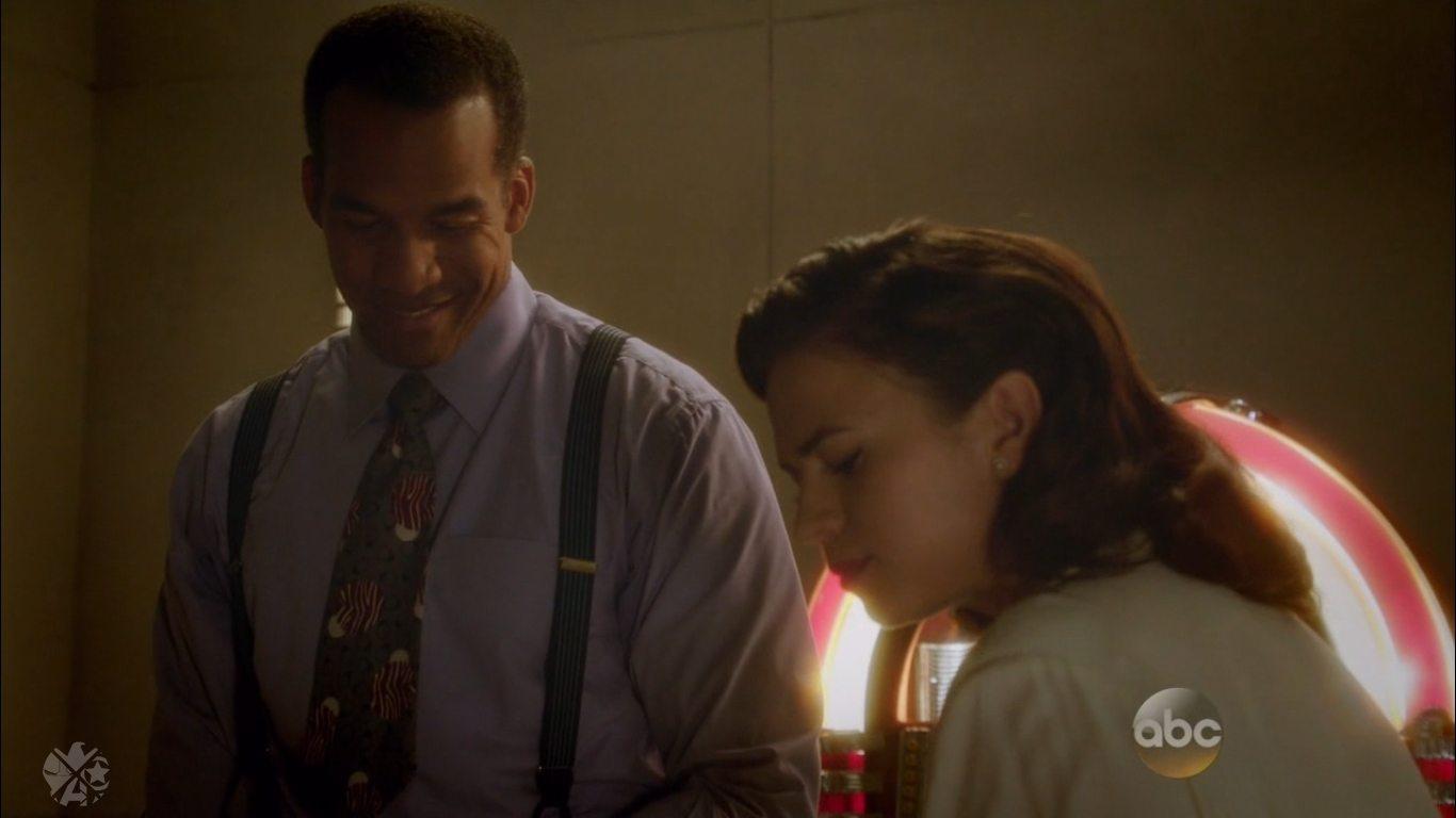 Wilkes and Peggy, so close yet so far apart. Image via ABC/Disney