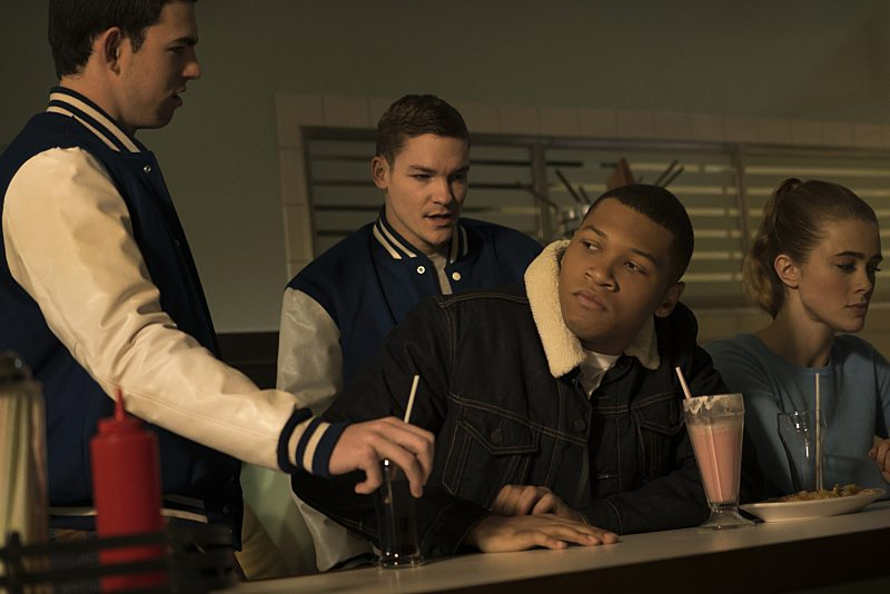 "DC's Legends of Tomorrow -- ""Night of the Hawk"" -- Image LGN108b_0126.jpg -- Pictured (L-R): Franz Drameh as Jefferson ""Jax"" Jackson and Melissa Roxburgh as Betty-- Photo: Katie Yu/The CW -- �© 2016 The CW Network, LLC. All Rights Reserved"