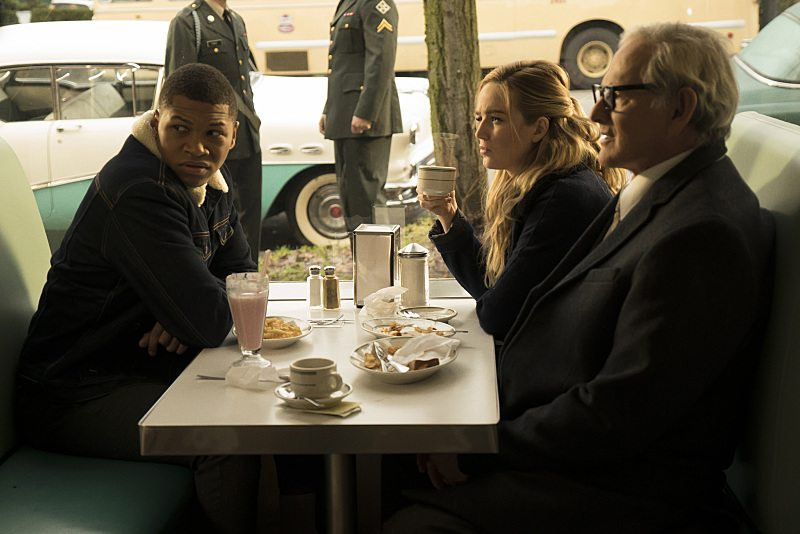"DC's Legends of Tomorrow -- ""Night of the Hawk"" -- Image LGN108b_0026.jpg -- Pictured (L-R): Franz Drameh as Jefferson ""Jax"" Jackson, Caity Lotz as White Canary, and Victor Garber as Professor Martin Stein -- Photo: Katie Yu/The CW -- �© 2016 The CW Network, LLC. All Rights Reserved"