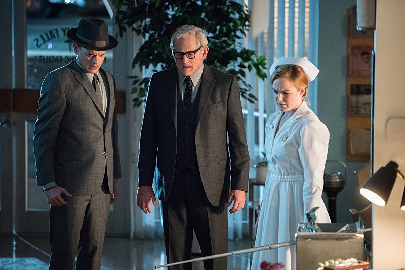 """DC's Legends of Tomorrow -- """"Night of the Hawk"""" -- Image LGN108a_0591.jpg -- Pictured (L-R): Wentworth Miller as Leonard Snart / Captain Cold, Victor Garber as Professor Martin Stein, and Caity Lotz as White Canary -- Photo: Dean Buscher/The CW -- �© 2016 The CW Network, LLC. All Rights Reserved"""