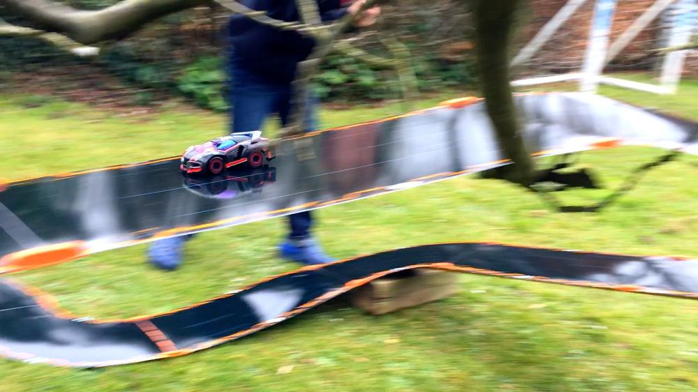 Create Imaginative 'Anki Overdrive' Circuits To Win Expansion Packs