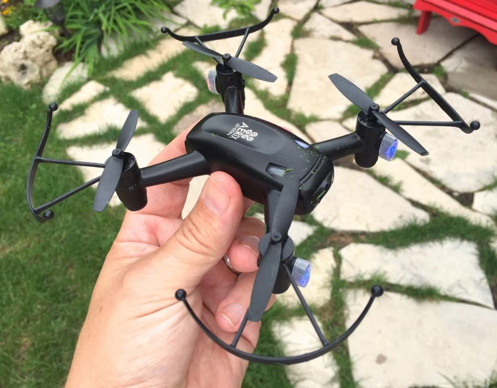 Aerix Black Talon Micro Drone: Fun for the Money, But Buy a Spare Battery and Blades