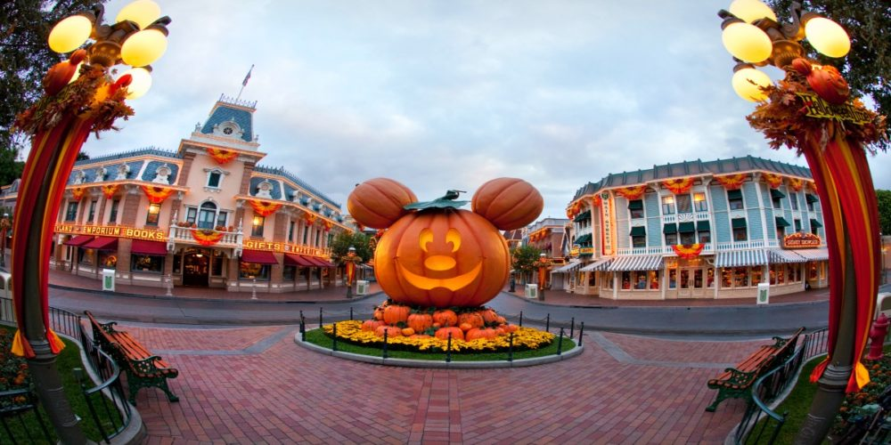 Disneyland Resort: Mickey's Halloween Party and the End of a Terror