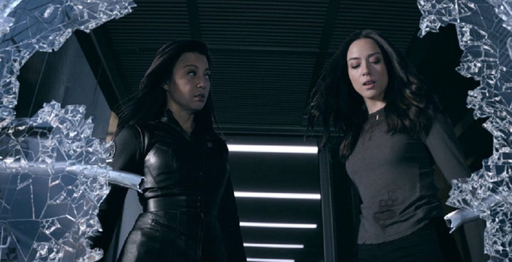 "A ""Fake Geek Girl"" Waxes Rhapsodic Over 'Agents of SHIELD'"