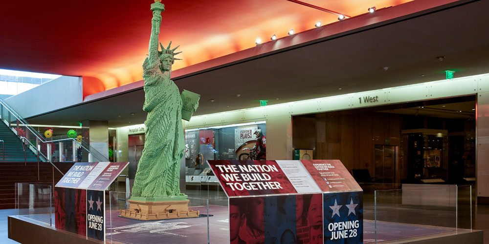 Get in the Patriotic Spirit With This Time Lapse of a LEGO Statue of Liberty