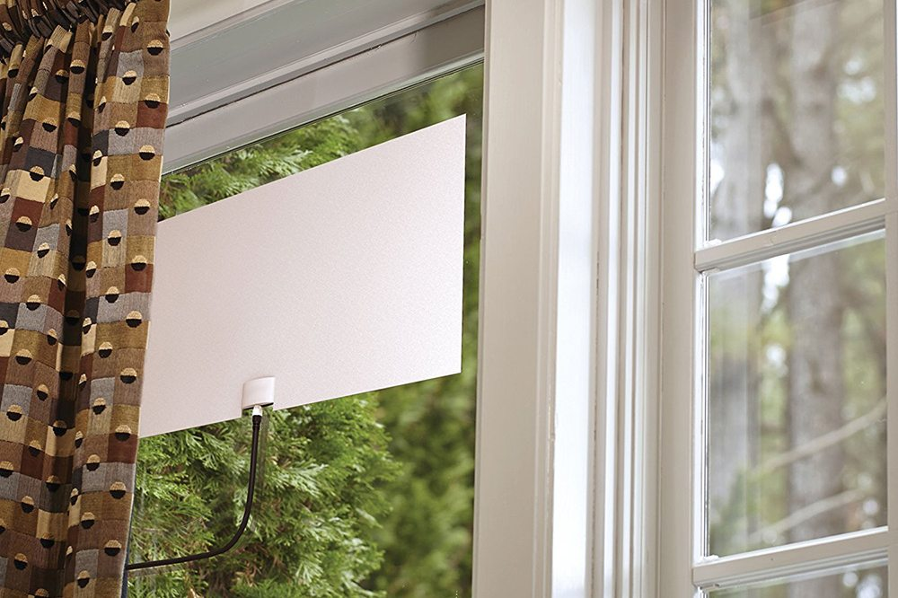 Go Long With the Leaf Glide Amplified HDTV Antenna