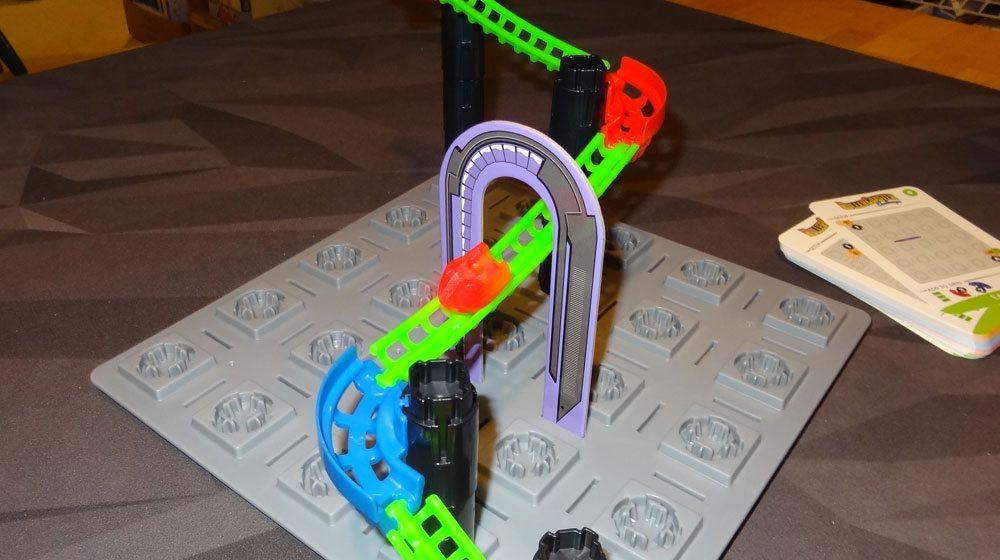 Roller Coaster Challenge tunnel