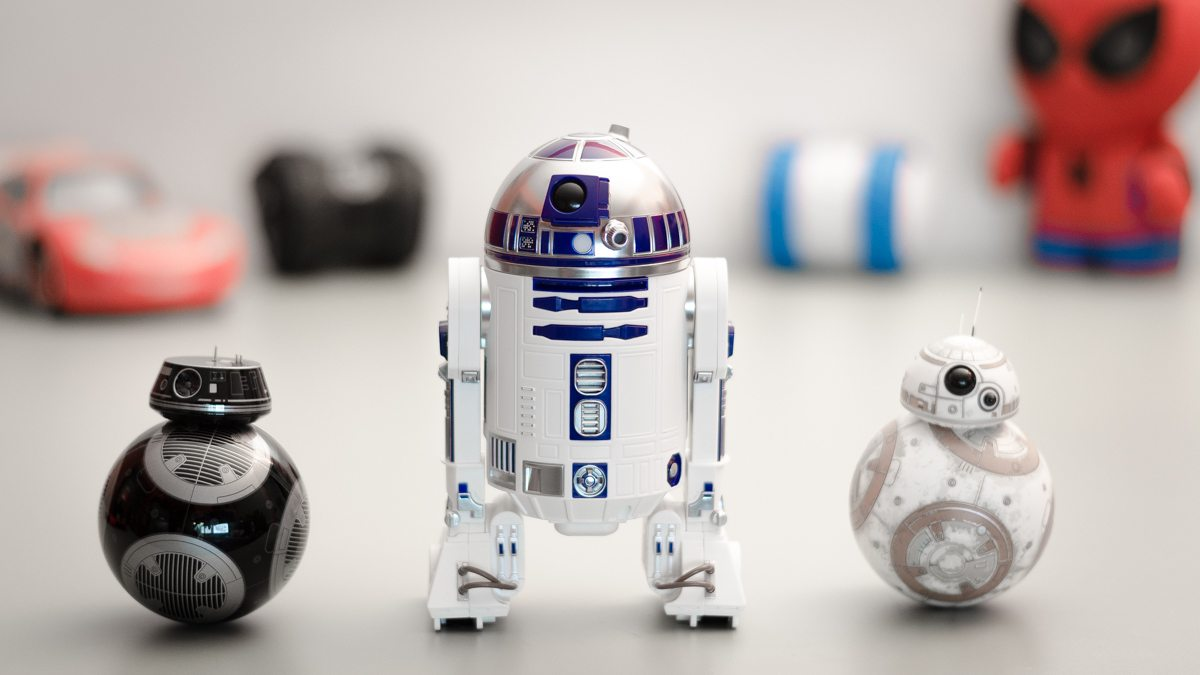 Review: Star Wars' R2-D2 and BB-8's Evil Twin BB-9E Join the Sphero Family
