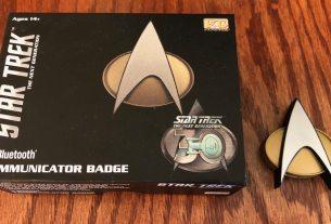 Star Trek 30th Anniversary Edition Communicator Badge