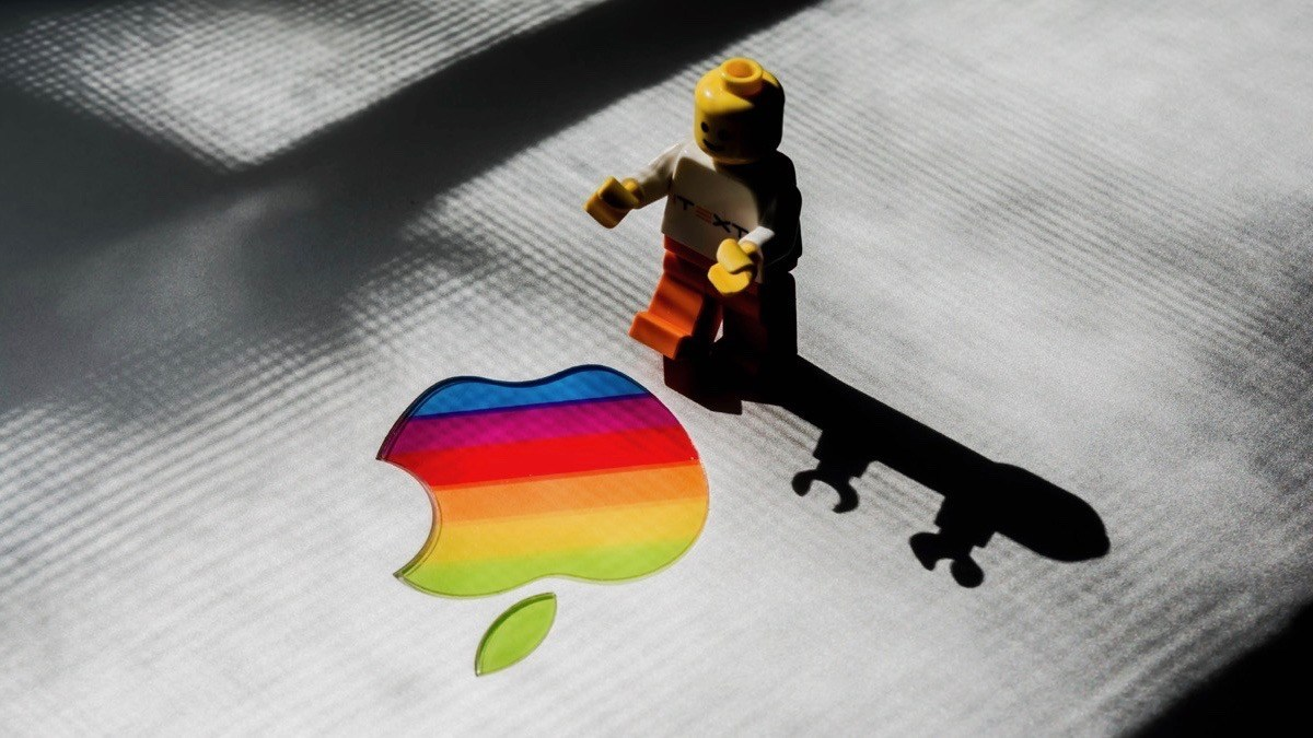 Apple Distrupted