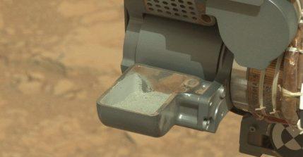 Solar Conjunction Puts NASA's Curiosity Rover, Orbiter In Communication Blackout