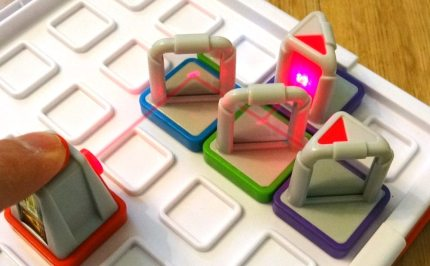 Laser Maze: A Delightful Puzzle Game