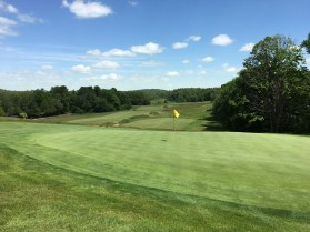 #13 - Par 4 - Green back view down into the valley