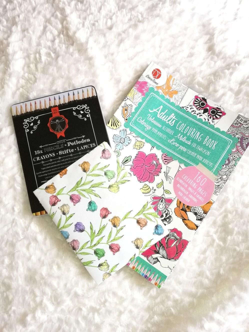 livre coloriage adultes diy recyclage en enveloppe maison