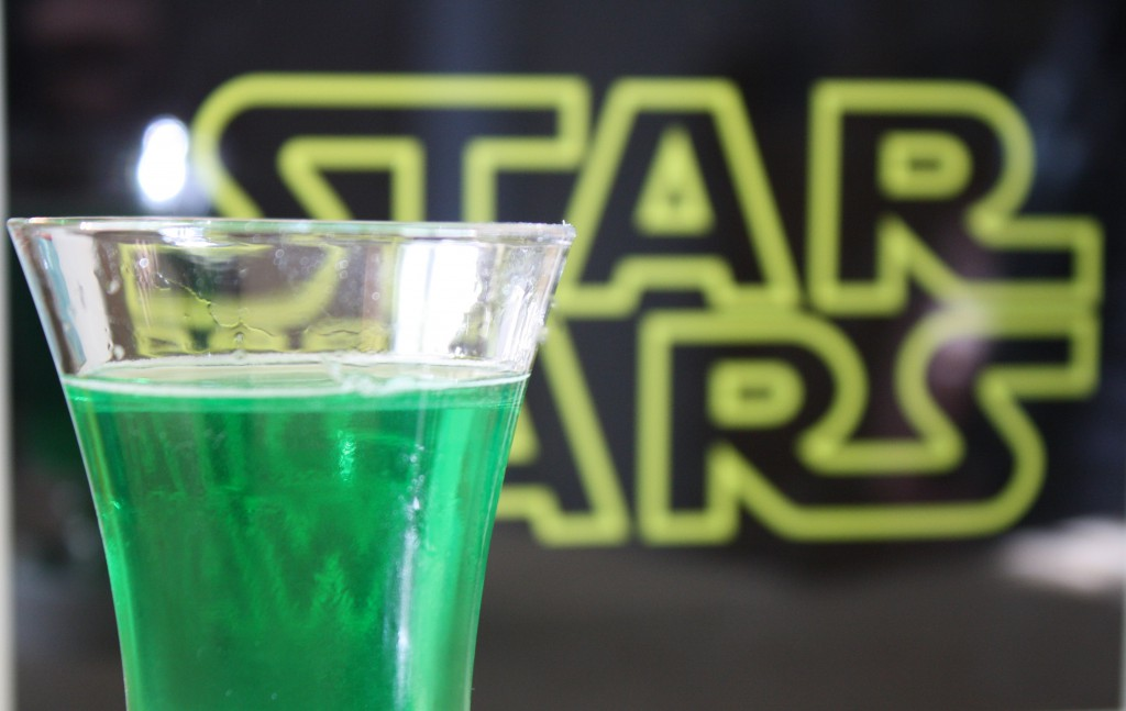 Cocktails Perfect for the Star Wars Cantina