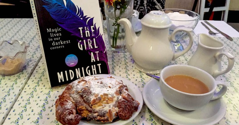 GGB Reviews: THE GIRL AT MIDNIGHT by Melissa Grey