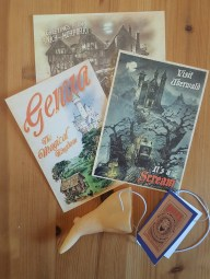 Discworld postcards and falso Boffo nose