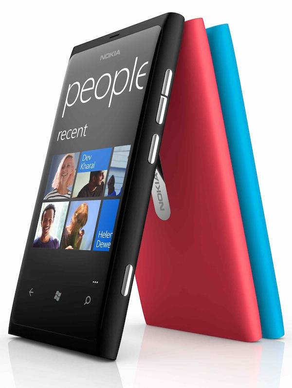 Nokia Lumia 800 el primero con Windows Phone 7