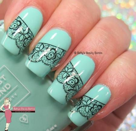 nails mint and lace