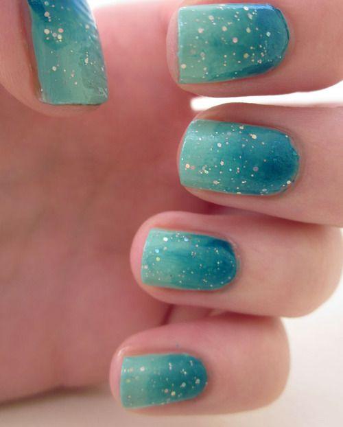 nails ocean ombre