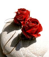 Red rose orrigami earrings