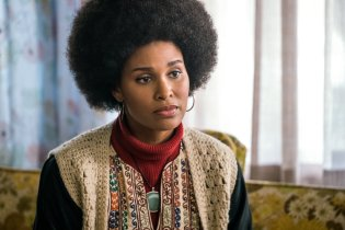 Women of Color in Good Girls Revolt