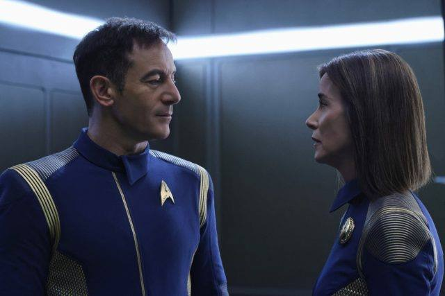 admiral-and-captain-star-trek-discovery