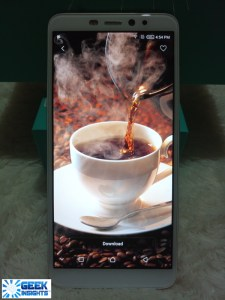 Infinix Hot S3 bezel-less screen