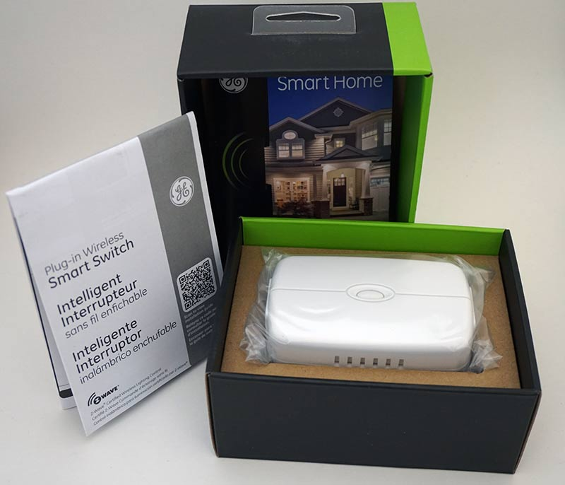 ge_plug-in_smart_z-wave_switch_unboxed