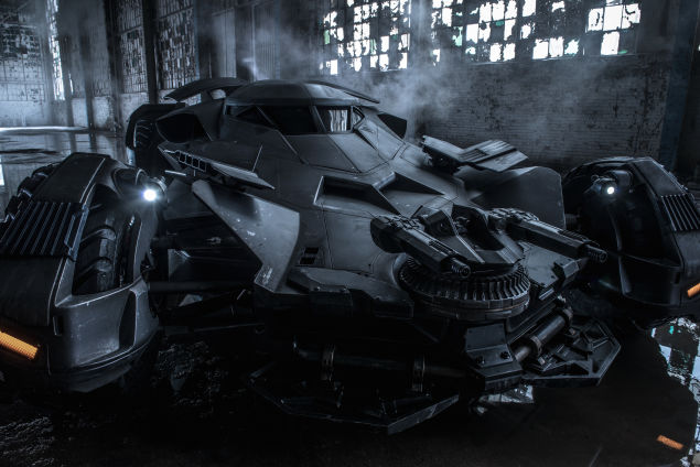 New Set Pictures Of Dawn Of Justice Batmobile.