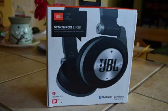 The JBL Synchros over-ear Bluetooth headphones are super-comfy for all-day-at-your-desk wear. Photo: Patricia Vollmer.