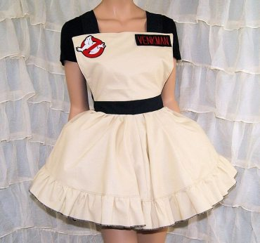 Ghosbusters via MTCoffinz on Etsy.
