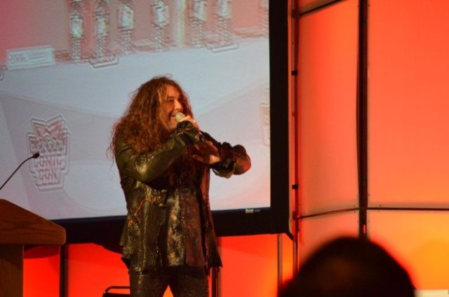 "Jess Harnell, who voiced Wakko on Animaniacs, performs the song ""Hellooooooooo, Nurse!"" during the Animaniacs Celebration at Denver Comic Con. Photo: Patricia Vollmer."
