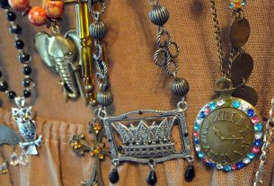 EdithYorkinspired Jewelry on Etsy