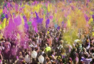 image of crowd celebrating Holi