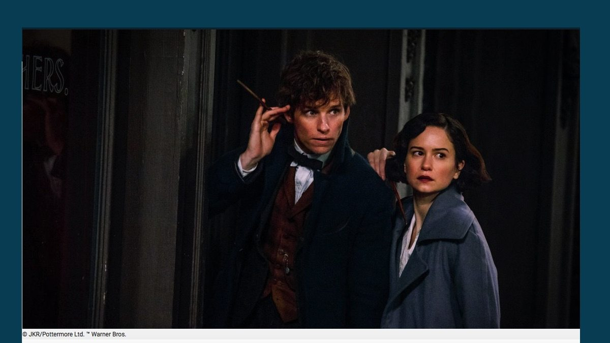 Screenshot of Newt Scamander and Tina Goldstein from Fantastic Beasts movie