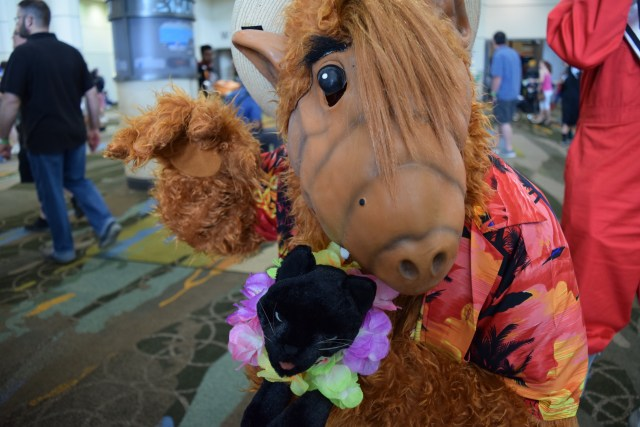 Alf was my favorite show as a kid and I wish I could have wrapped this cosplayer in a great big hug! \ Image: Dakster Sullivan